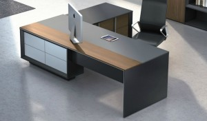 'Mingrui' 8.5 Ft. Office Table In Laminate & Leather