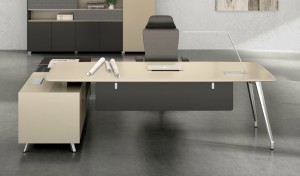 'Varna' 8 Ft. Office Table in Lacquer Finish