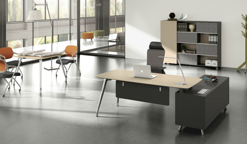 'Varna' 7 Ft. Office Table in Lacquer Finish