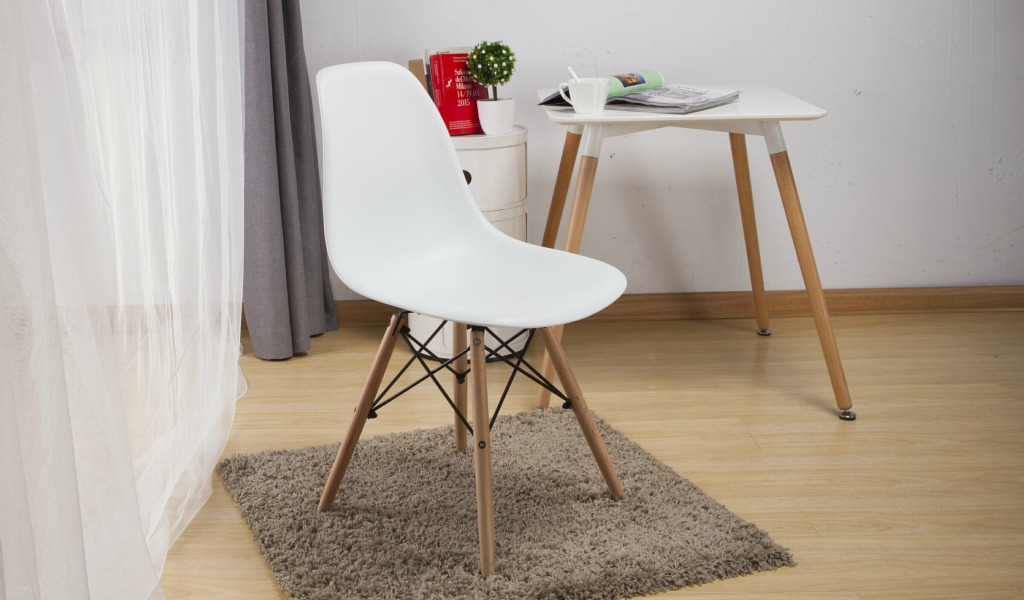 Eams Inspired DSW Chair