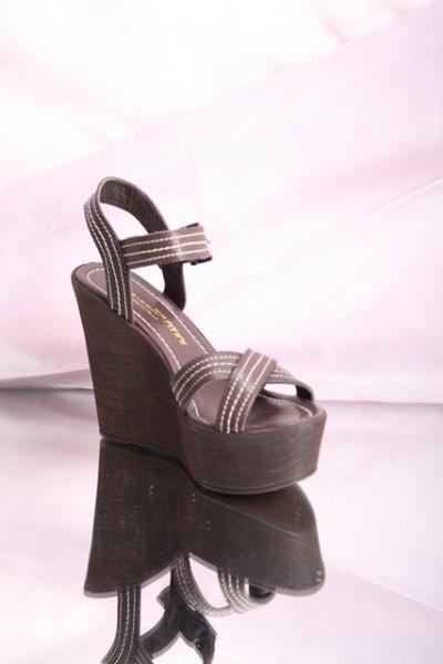 Brown Leather Strappy Platform Sandals