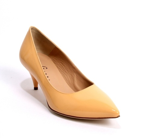 Apricot Patent Leather Pointy-Toe Shoes