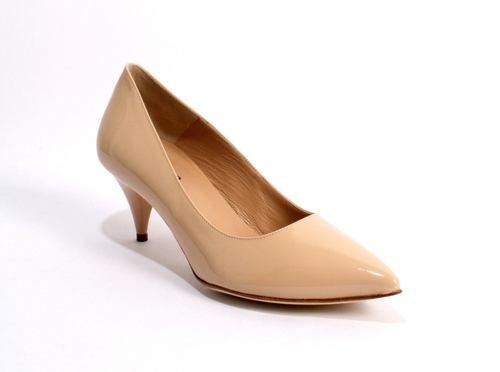 Nude Color Patent Leather Pointy-Toe Shoes