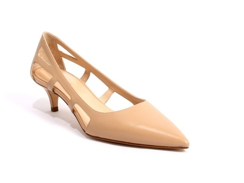 Beige / Side Cutouts / Pointy-Toe Leather Pumps