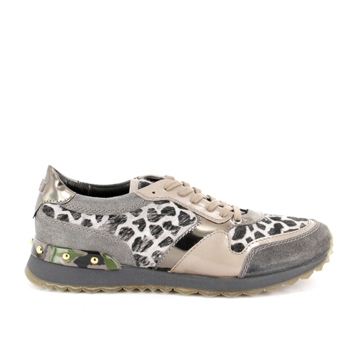 Emi Sneaker