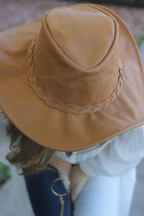 The Tan Hat