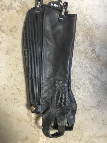 Consignment Leather Ribbed Half Chaps