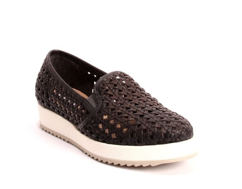 best service 213d4 cd07f Black Woven Leather Slip-On Sneakers Slippers Shoes