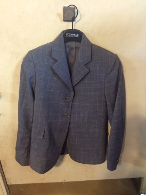 Consignment Tailored Sportsman Show Coat