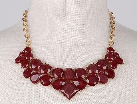 Autumn statement necklace