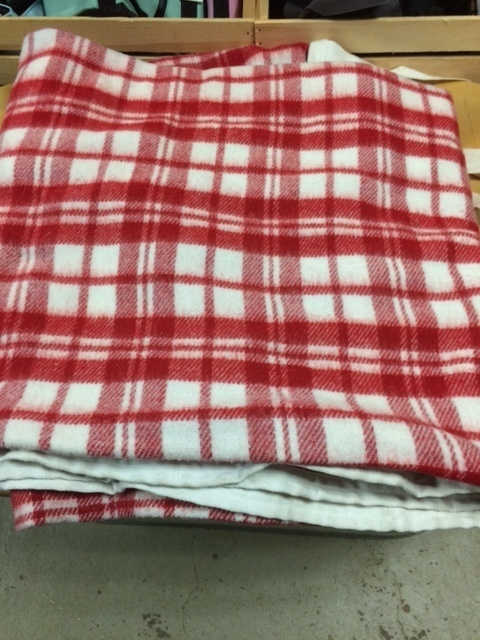 "Consignment Cooler 76"" Red/White Plaid"