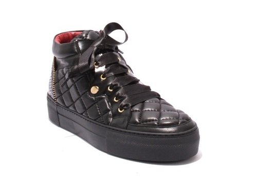 Black Stitched Quilted Leather Lace-Up Ankle Boots