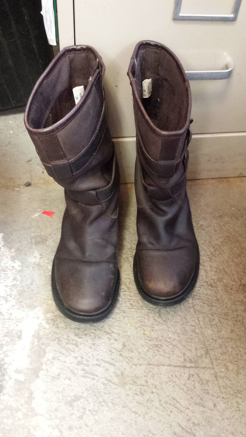 Consignment Boots
