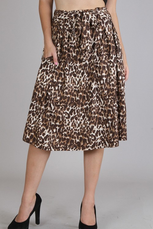 Cheetah skirt w/ pockets
