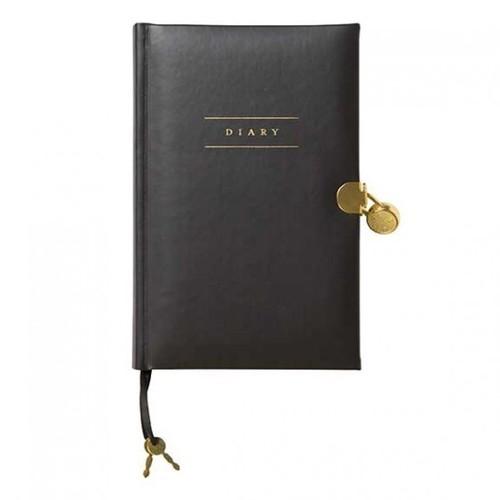 Sassy & Classy Five Year Diary
