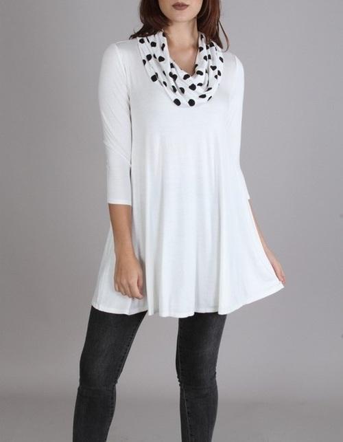 Kathy tunic with polka dots
