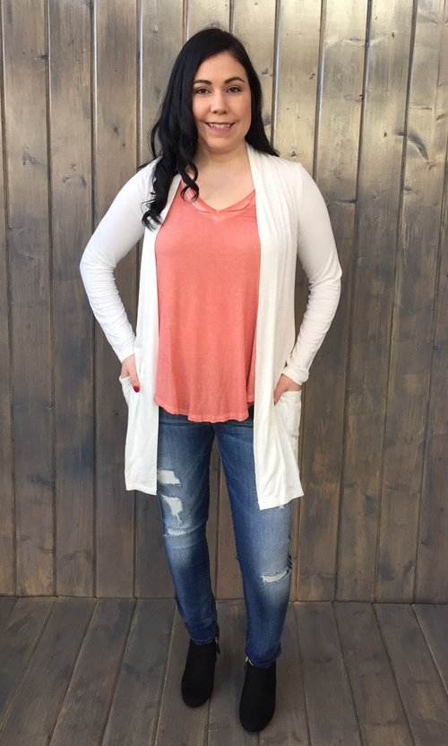 Ivory Cardigan w/ Pockets