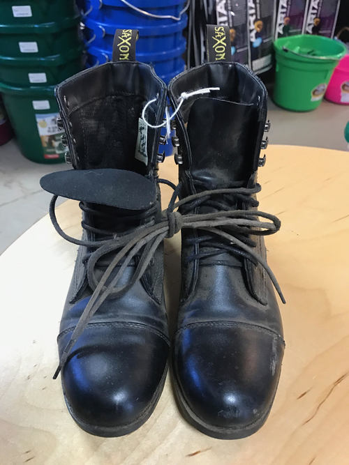 Consignment Saxon Childs Paddock Boots Size 5