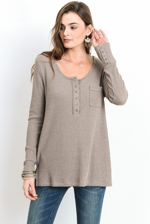 Scoop Neck Long Sleeve Top w/ Pocket