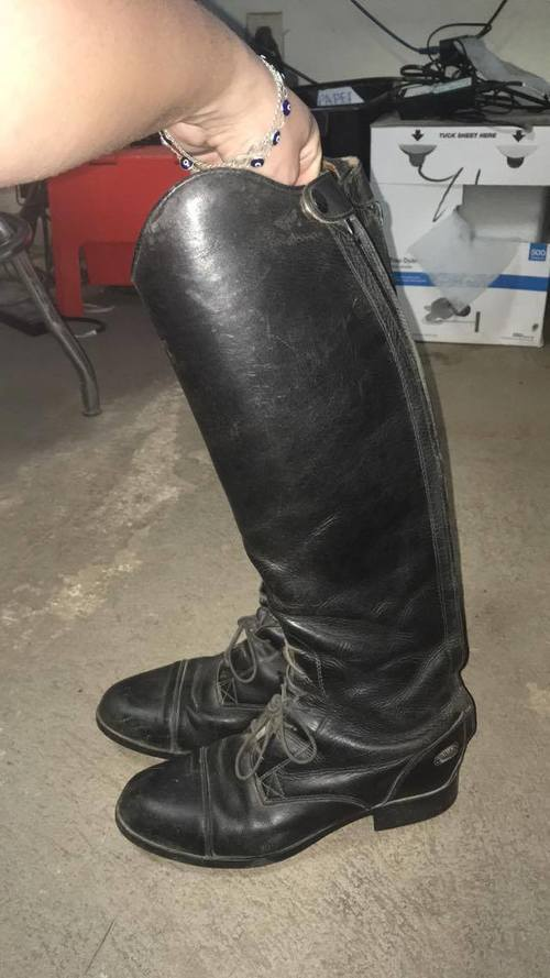 Consignment Ariat Tall Boots