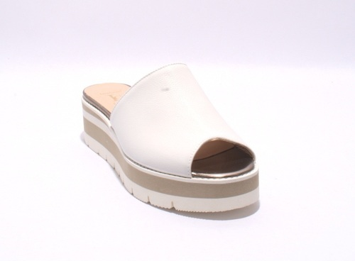 fca1a522808 White Leather Platform Slides Sandals By Luca Grossi