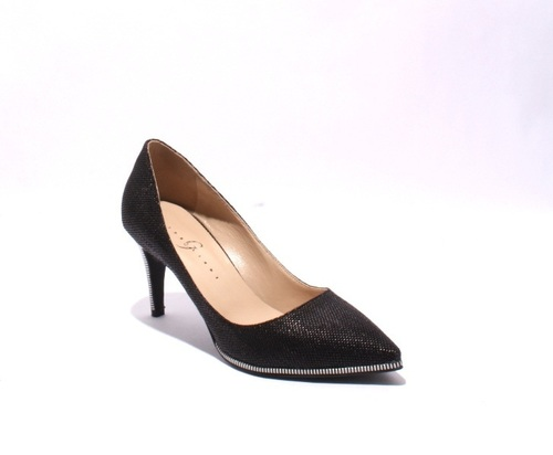 Black / White Fabric / Leather Pointy Heel Pumps