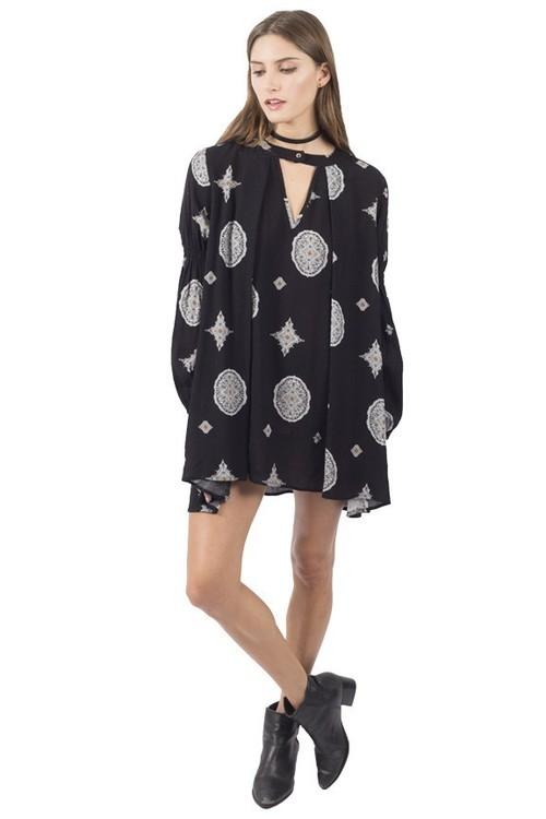 El Ray V Keyhole Neckline Dress