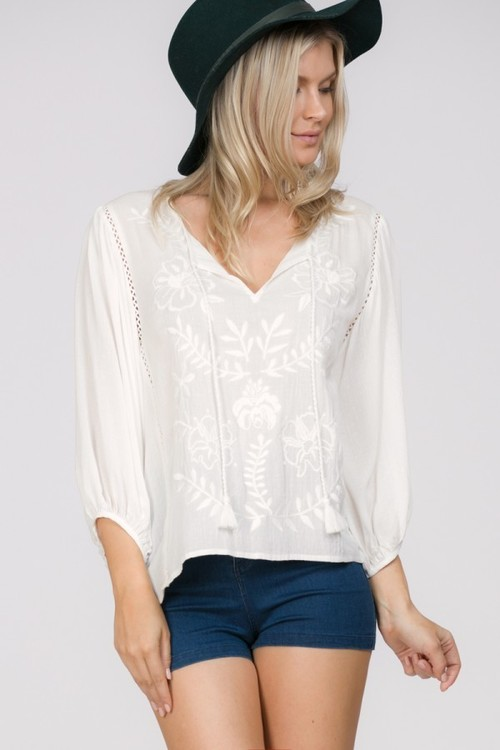 3/4 Embroidered Flowy Top