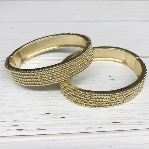 Ribbed Cuff Bracelet Gold