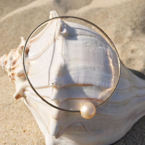 Pink Pearl Bangle