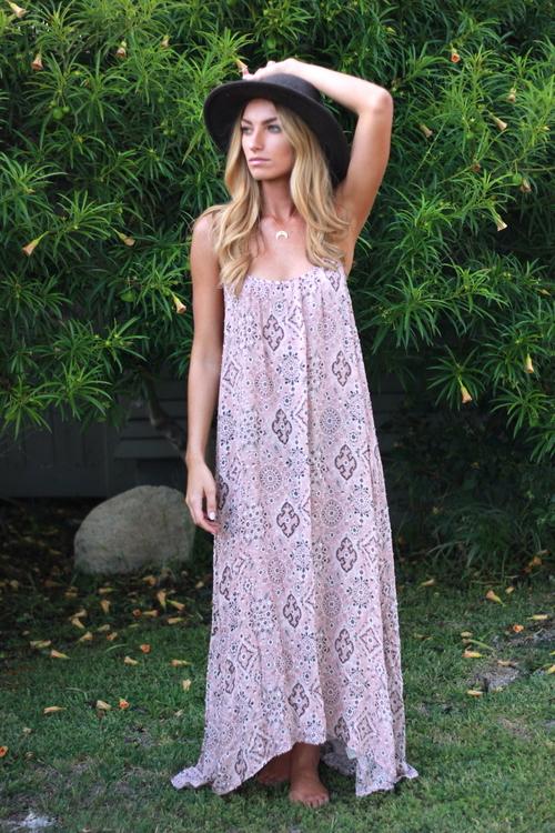 Evelyn Maxi Dress
