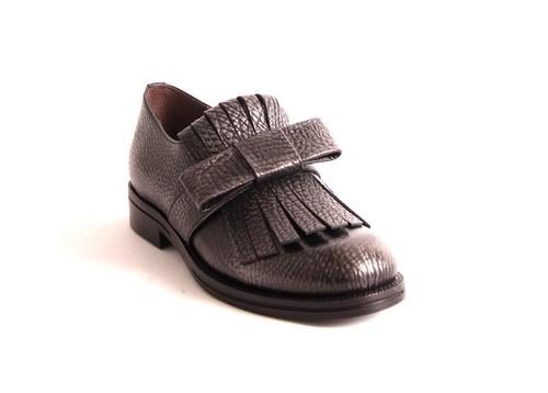 Gray Pebbled Leather / Fringe / Bow Shoes