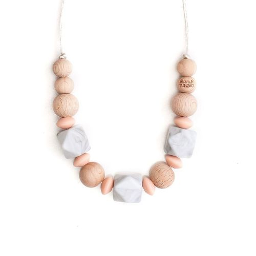 Savannah Necklace Peach