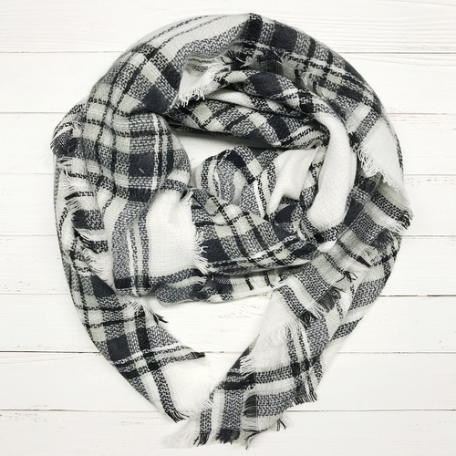 Black/White Plaid Blanket Scarf