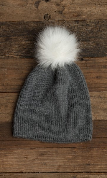 Flurry Hat w/ Fur Pom Graphite