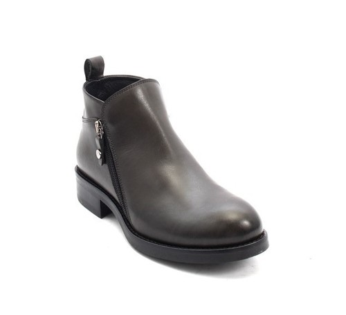 Antique Gray Leather / Zip-Up Biker Ankle Boots
