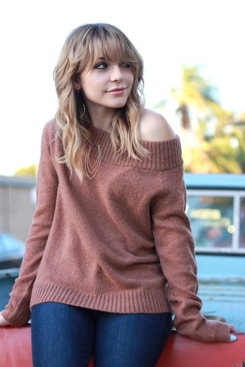 Noa Sweater