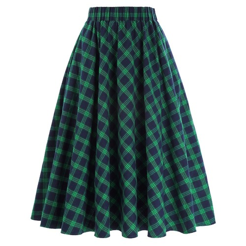 Highland skirt in green tartan