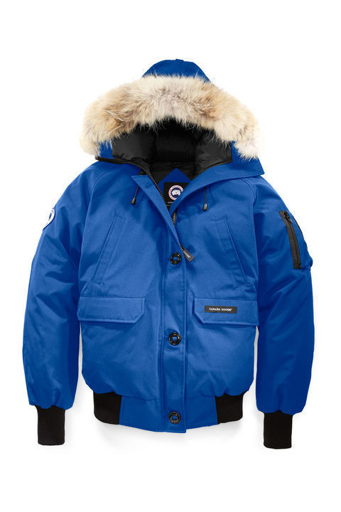 canada goose logo which side