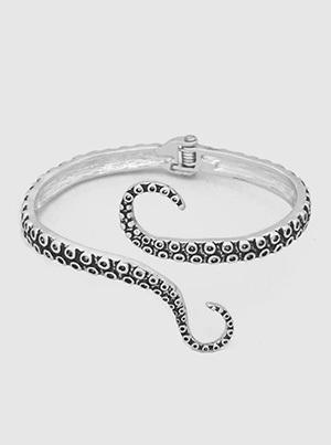 Octopus Textured Metal Hinged Bracelet