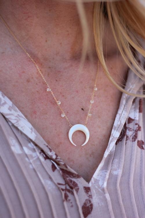 Baque Moon Necklace G