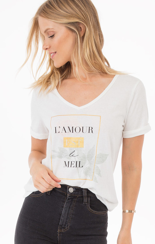 Laure L'amour Tee