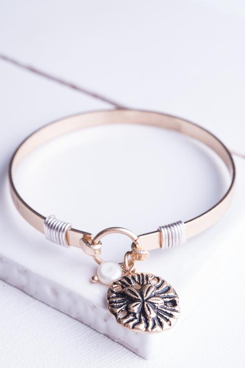 Sea Life Sand Dollar Wire Wrapped Bangle Bracelet