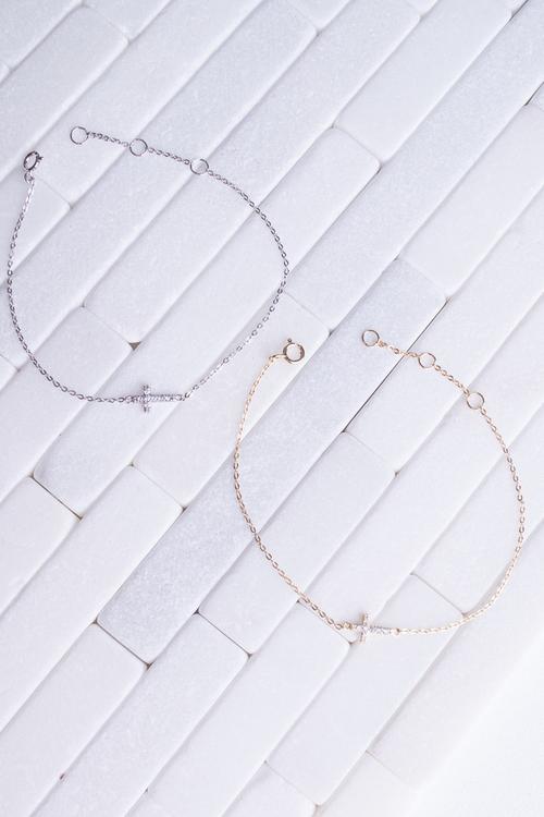 Horizontial CZ Cross Bracelet