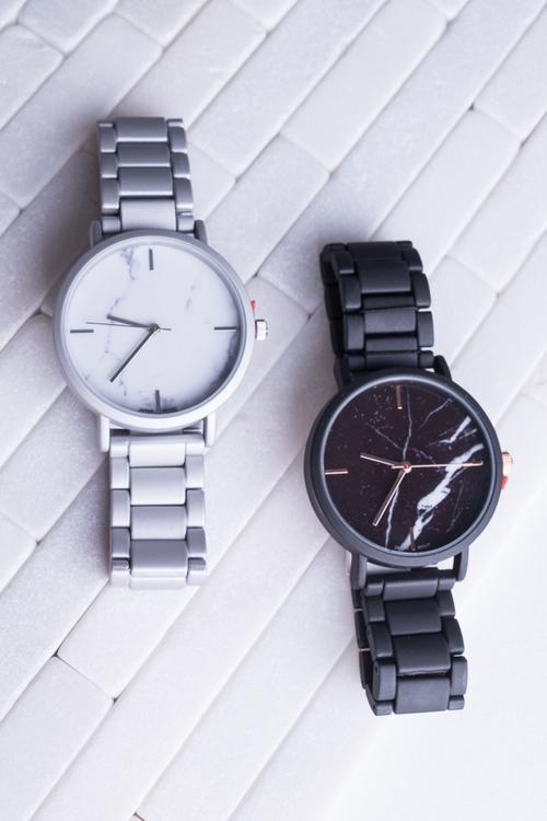 Matte Metal Marble Link Watch