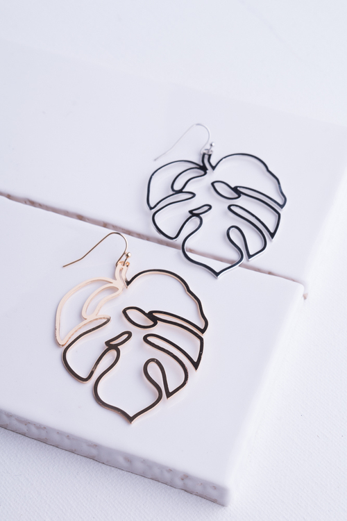 Monstera Leaf Wire Dangle