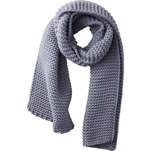 Gray Heavy Knit Scarf