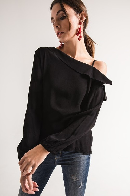 Kiara Black One Shoulder Top