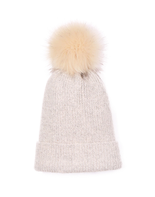 Knit Beanie With Pom - Ivory