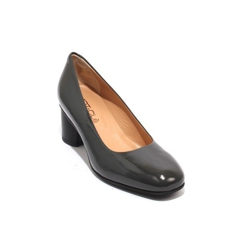 Gray Black Patent Leather / Leather Heel Pumps